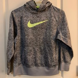 Boys M Nike sweatshirt